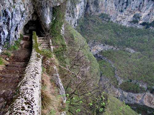 Madonna Della Corona Sentiero Dei Pellegrini Salita Al