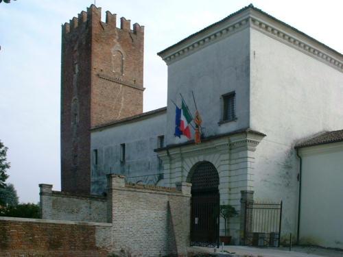 Rovigo Arqu 224 Polesine E Il Castello Estense Ora Sede