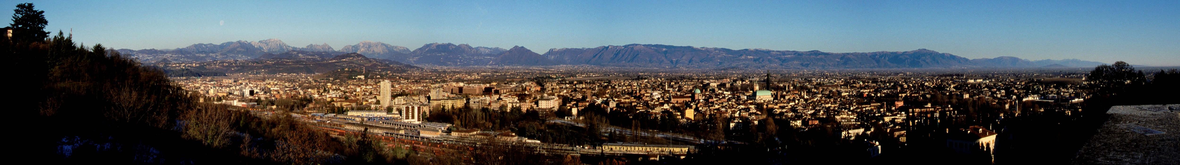 Vicenza : fotografia panoramica dalla terrazza della Basilica di ...
