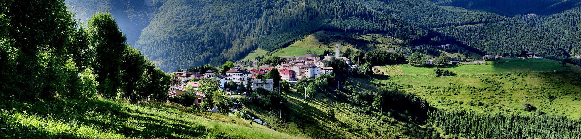 panoramica sul paese di foza   m 1000   altopiano di asiago sette