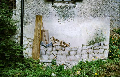 Foto dei murales di cibiana di cadore il paese che dipinge - Disegnare sul muro di casa ...