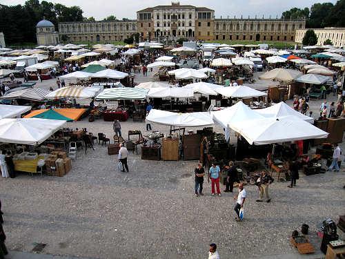 Piazzola sul brenta mercatino dell 39 antiquariato for Mercatini dell usato veneto